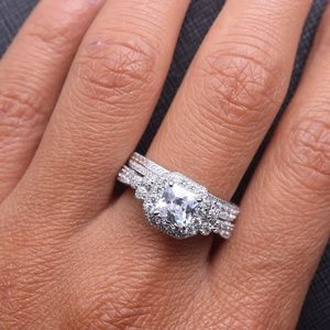 Jewelry - CERTIFIED 1.72 cttw 925 Sterling Silver Ring